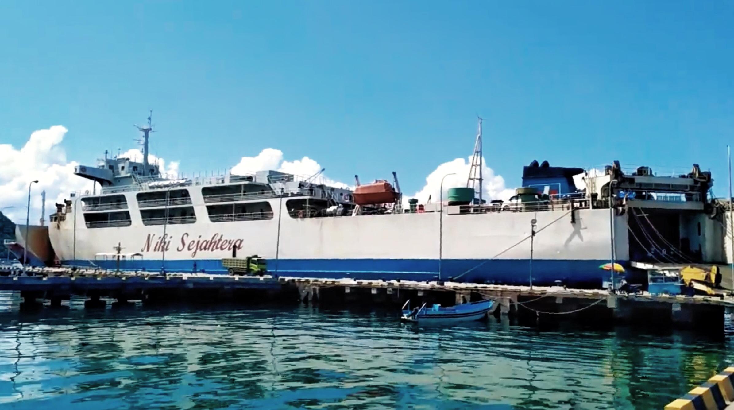 Km Niki Sejahtera Penyeberangan Surabaya Labuan Bajo