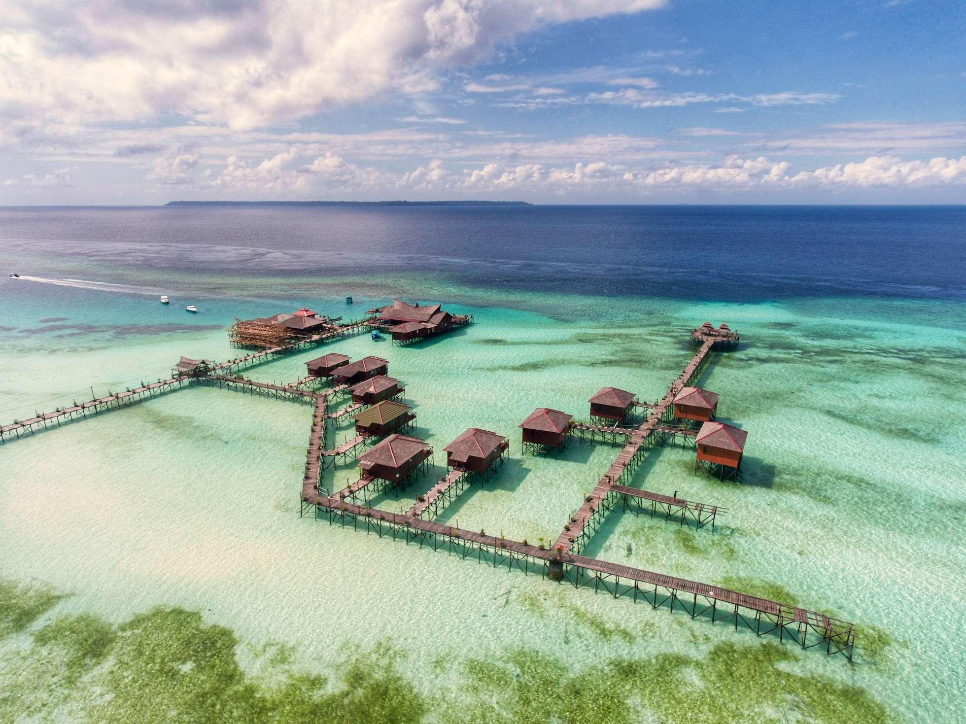 Wisata Ke Kepulauan Derawan